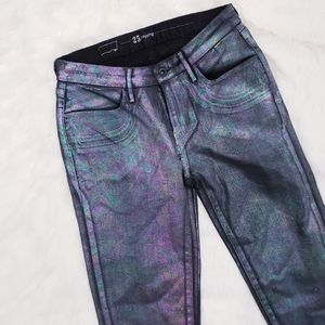 Levi's holographic oil slick leggings sz 25